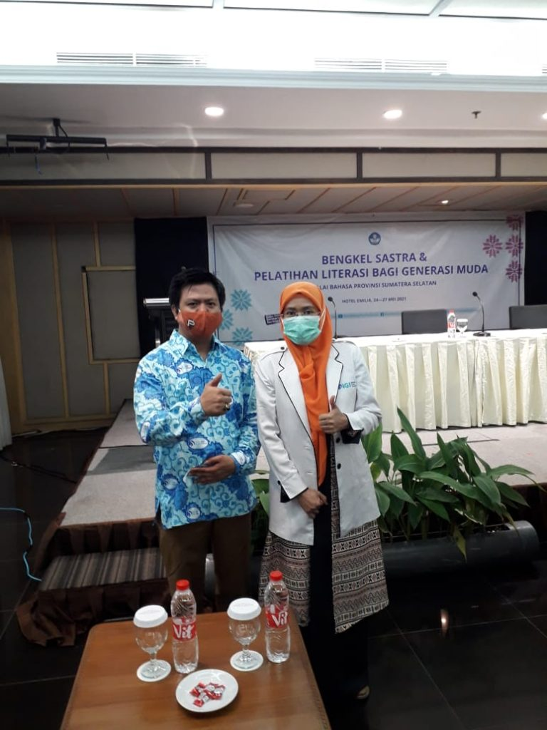Kegiatan Bengkel Sastra yang diikuti Anggota IGI Kota Palembang